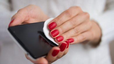 Photo of فيروس كورونا: هل تعلم كيف تنظف هاتفك بأمان؟