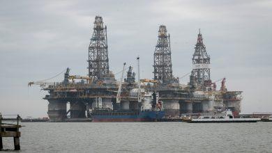 Photo of لهذه الأسباب انهارت أسعار النفط الأميركي .. برميل النفط الخام الأميركي الى ٣٧ دولار تحت الصفر