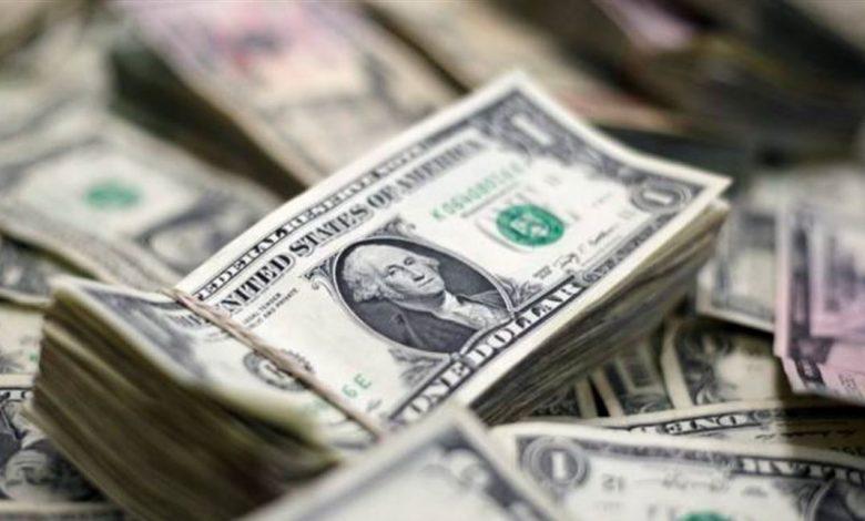 Photo of بعدما وصل إلى 2900 ليرة: الدولار مفقود.. ومحال الصيرفة مقفلة!