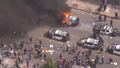 """Photo of بالصور.. مدن أمريكية """"تشتعل"""" ومواجهات دموية مع الشرطة"""