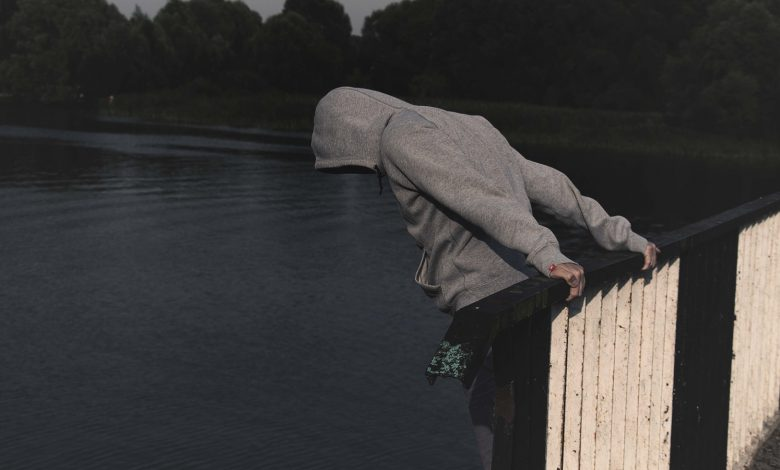 Photo of عمليات الانتحار تابع… رمى بنفسه من على شرفة منزله في بعبدات – المتن!
