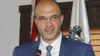 صورة وزير الصحة: اصبحنا في سباق مع وباء كورونا وسيكون من الافضل تنفيذ الاقفال العام في البلاد